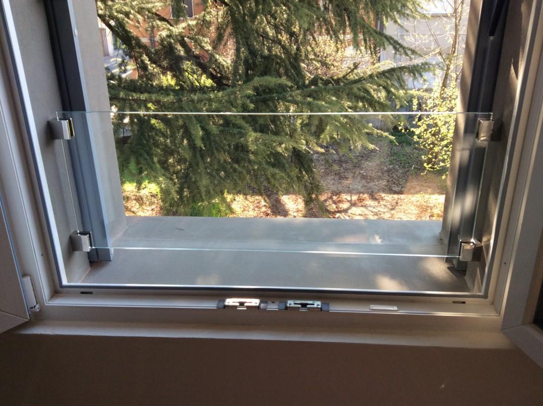 Parapetto in cristallo artigiano del vetro la vetreria - Parapetto finestra ...